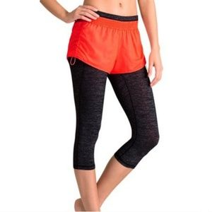 Athleta Coral Sizzle Go Getter 2 in 1 shorts XS